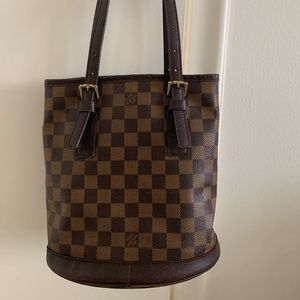 Handbag 👜 on Sale 💯